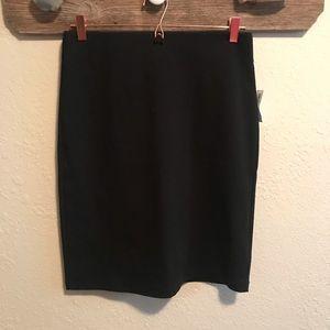 Old navy black pencil skirt